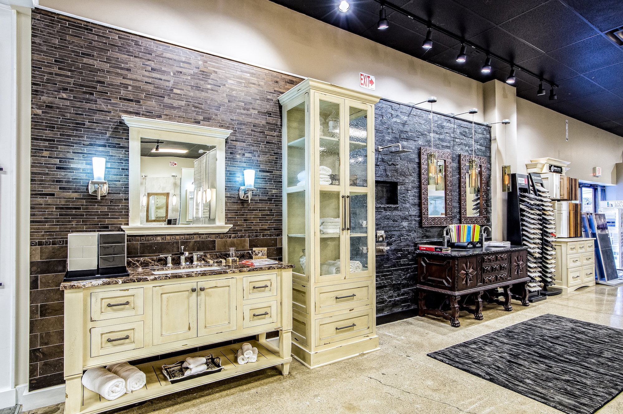 BathRoom Remodeling Showroom, Columbus Ohio, Dream Baths ...